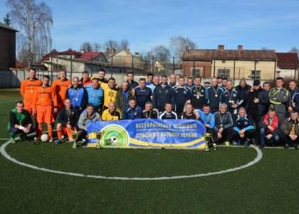 Першість Львівської області з міні-футболу пам'яті Романа Шухевича серед команд ветеранів 40+