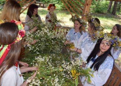Етнофестиваль «Яворівська бавниця» у Національному парку Яворівщини