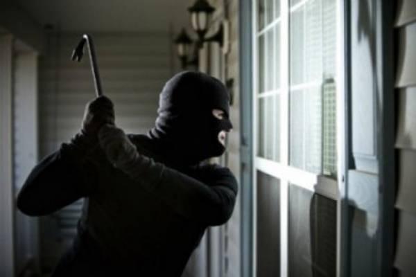 У Яворові викрили квартирного злодія